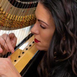 Hillary Schefter, harp